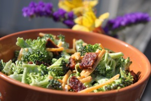 Brocoli Vegan Bacon Daiya Cold Salad